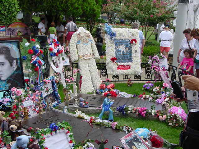 Wordless Wednesday: Remembering Elvis