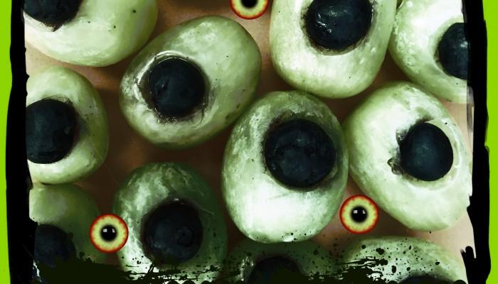 Fruity eyeball healthy Halloween snack