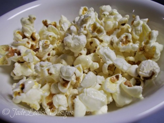 Old fashioned pan cooked popcorn from Jade Louise
