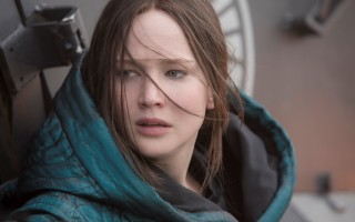 The Hunger Games Mockingjay Part 2 review #MockingjayPart2