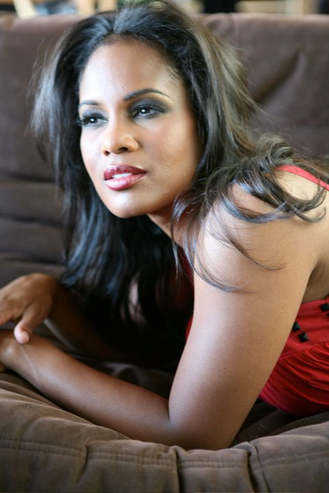 robinne lee bio