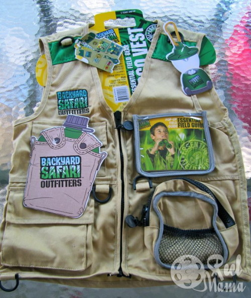 backyard safari outfitters cargo vest with lots of pockets
