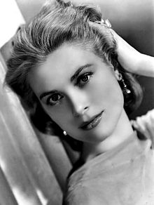 iconic hollywood hairstyles, hollywood hairstyles, gorgeous hollywood hair, hot hollywood styles, celebrity hairstyles, movie star hairstyles, red carpet hairstyles, glamorous hairstyles, Grace Kelly, High Society, Grace Kelly headshot