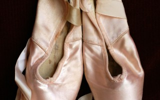 Ballet shoes ~ supporting the arts with Capital One's Everyday Money