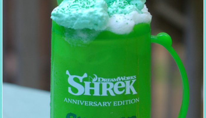 Swamp sherbet float recipe for our Shrek 15th anniversary #Swampathon